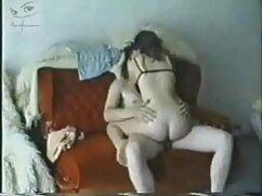 زن با جوراب کوتاه, شورتی, وسیله ارتعاش و نوسان دانلود فیلم سکس باکیفیت بالا