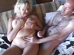 مادر دوست داشتنی با دانلود فیلم پورن با کیفیت یک خال کوبی بر روی شانه او لطفا یک دوست با استمناء بر روی صندلی